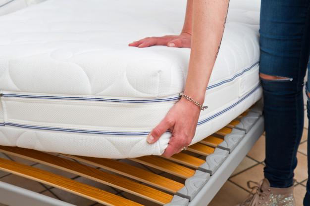 position-matelas-dormir-grossesse